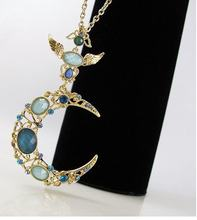 2013 New Arrival Hot Selling Blue Gem Moon Necklace N231(China)