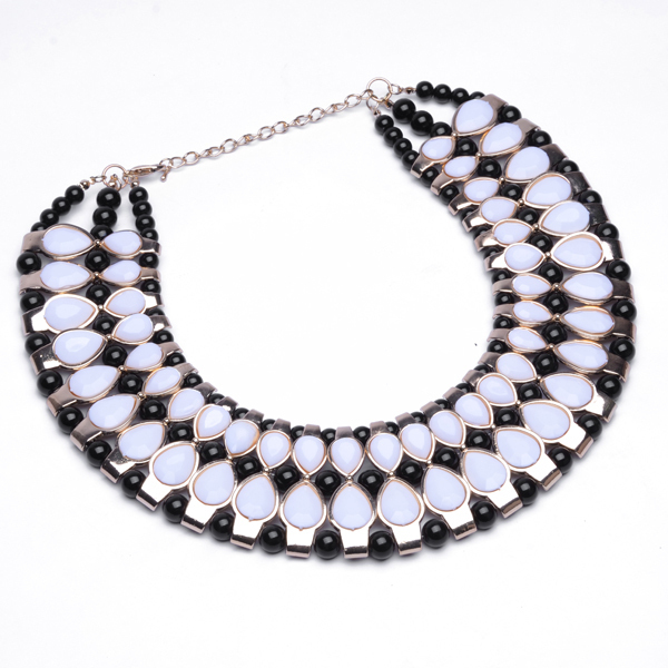 2014 Fashion Golden Chain Inlaid  Resin Bead Circle Round Bib Big Necklace European And American Fashion Exaggerated Necklace