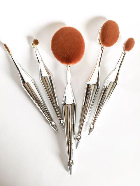 5 unids Espejo de Plata Sirena En Forma de Mezcla de Crema Rubor En Polvo Líquido Fundación Rockstar Oval Brush Set