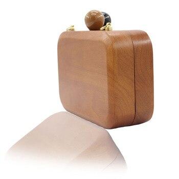 Wooden clutch 1