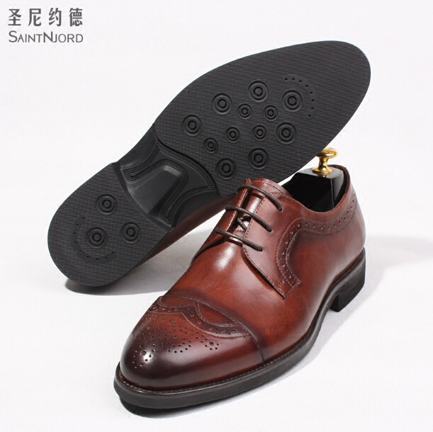 Couro Homens Dos As Shown Genuíno Handmade Brogue Clássico Italiano Quality Sapatos Rodada Esculpida Top Casual Up Toe Estilo Sapato Lace Oxfords qaZAEwEH