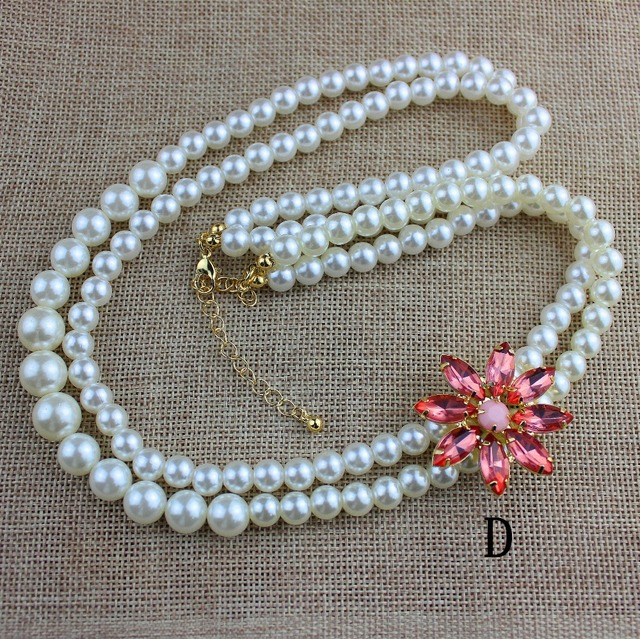 The new popular beautiful lady accessories wholesale agent shipping girl beautiful birthday party double pearl necklace