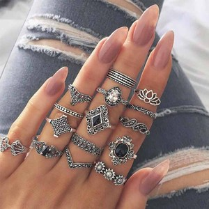 Rinhoo Vintage Bohemian Rings Set For Women Vintage Crystal Finger Charming Ring Beach Party Knuckle Rings Jewelry 10 Pcs/Set