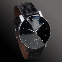 купить Men and Women New Fashion Casual Business Style Couple Quartz Watch Rhinestone Leather Strap Large Dial Watch недорого
