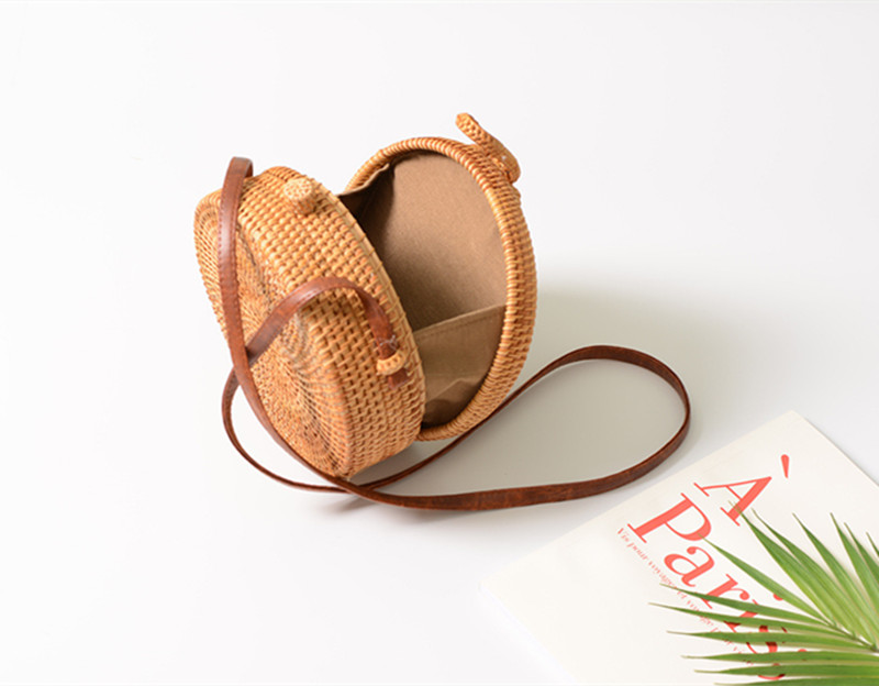 18 Round Straw Bags Women Summer Rattan Bag Handmade Woven Beach Cross Body Bag Circle Bohemia Handbag Bali 11