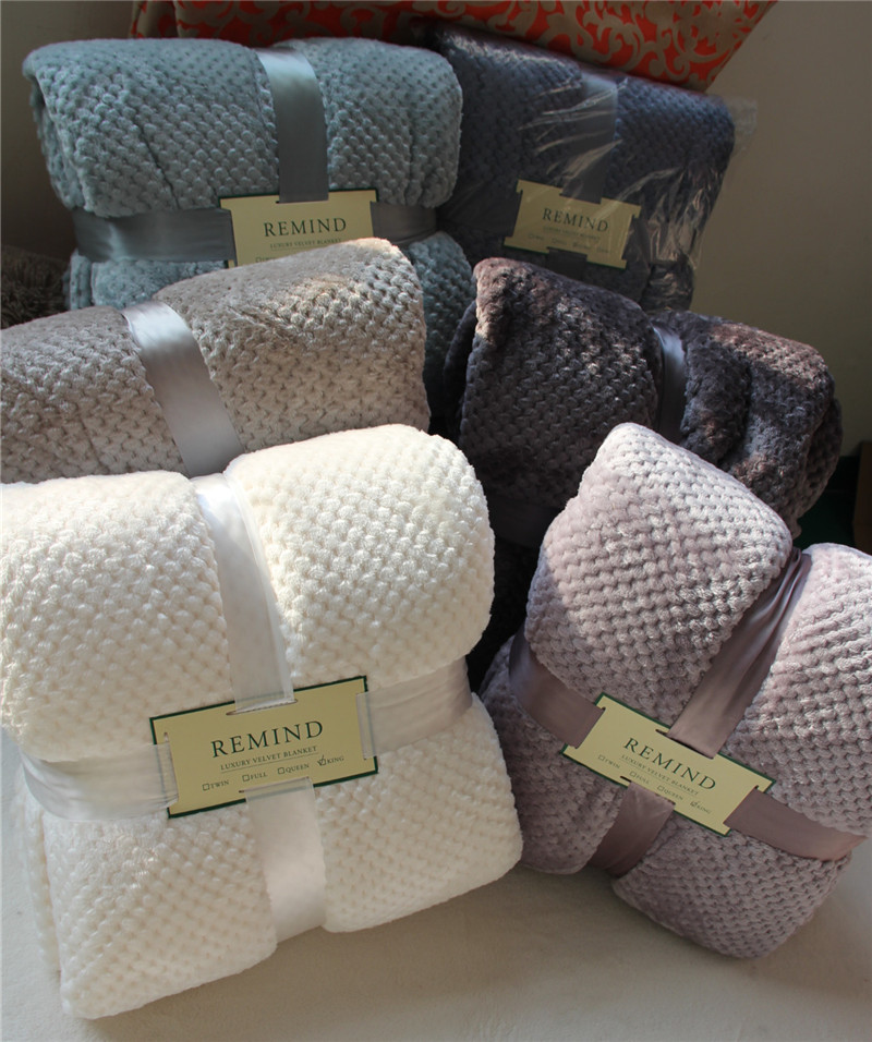 ФОТО Free Shipping High quality MUJI Flannel blanket  Four Colors for choose Size 167*229cm