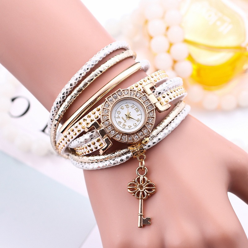 New Style Fashion Gold Key Pendant Circle Braided Bracelet Wristwatch Women Dress Casual Diamond Quartz Watch Relogios Femininos