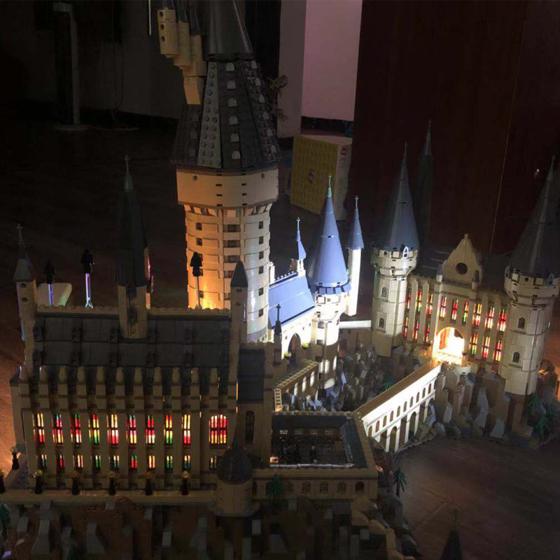 16060 Harry Movie Series The Legoinglys 71043 Hogwarts Power LED Castle Set Building Blocks Bricks Model Toys(Only LED Lights) harry movie series compatible legoinglys 71043 lepined 16060 hogwarts castle set building blocks bricks christmas toys gifts
