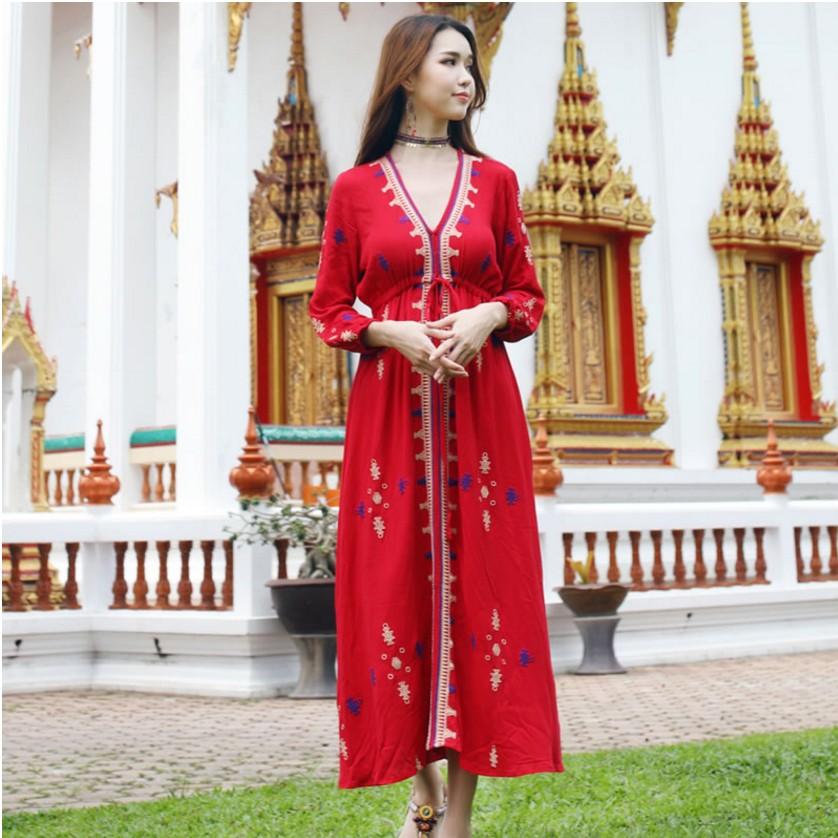 Traditional: Fashion Embroidered Dress Three Quarter Sleeve Traditional