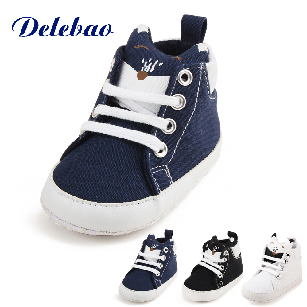 869fe32d96653 Delebao Baby Shoe   Socks Suit Pure Cotton Black And White Dot Soft Sole  Infant Toddler