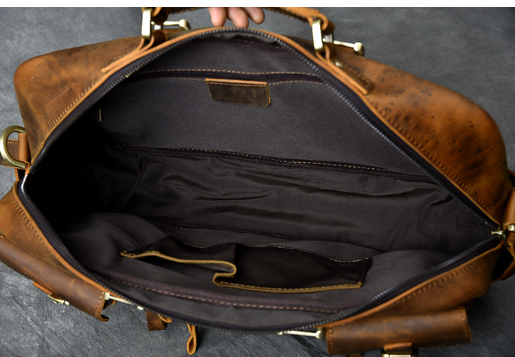 Luxury & Vintage Leather Messenger Bag inside pockets