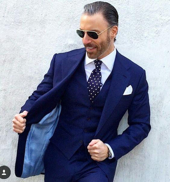 2018 классические брюки Темно синие костюм Для мужчин смокинг жениха Нарядные Костюмы для свадьбы для Для мужчин Slim Fit 3 предмета Формальные П