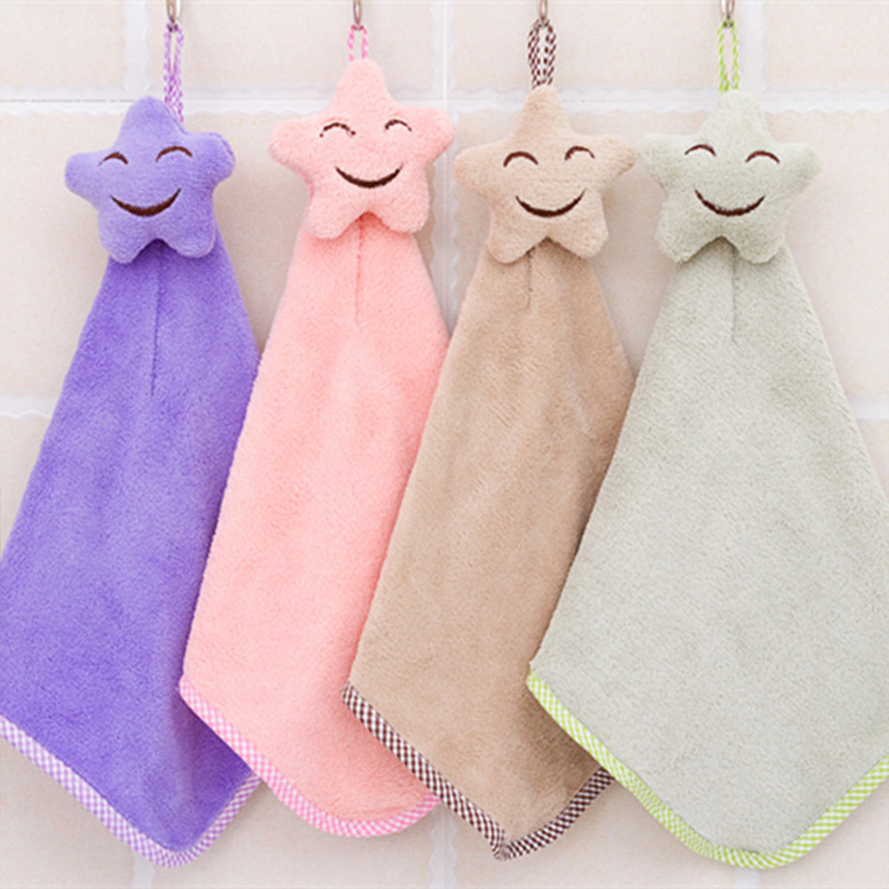 New Fashioin Baby Hand Towel Cute Smile Hanging Children Bathing Towel Kids Bthroom Coral Fleece Thickening Newborn Wisp Towels