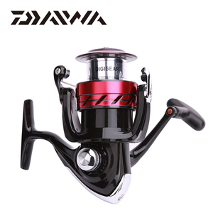 Image 4 - Daiwa SWEEPFIRE CS spinning fishing reel 1500 5000 size with Metail spool Gear Ratio5.3:1 2BB 2KG 6KG Power for fishing reels
