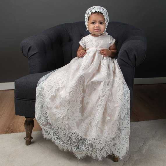 Heirloom Luxury Infant Girls Baptism Dress Christening Gown Lace Short Sleeves Baby Girls Boys Long Christening Gown 0-24M