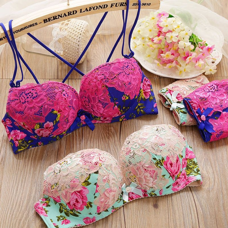 2016 Brand New Women Underwear Lovely Floral Lace   Bra     Brief     Sets   Sexy Halter Young Girl Brand Embroidery Gather Casual   Bra   Panty