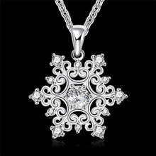 2016 Fashion Jewelry snowflake pendant necklace with zircon beautiful Christmas gift cheap hot classic charm style