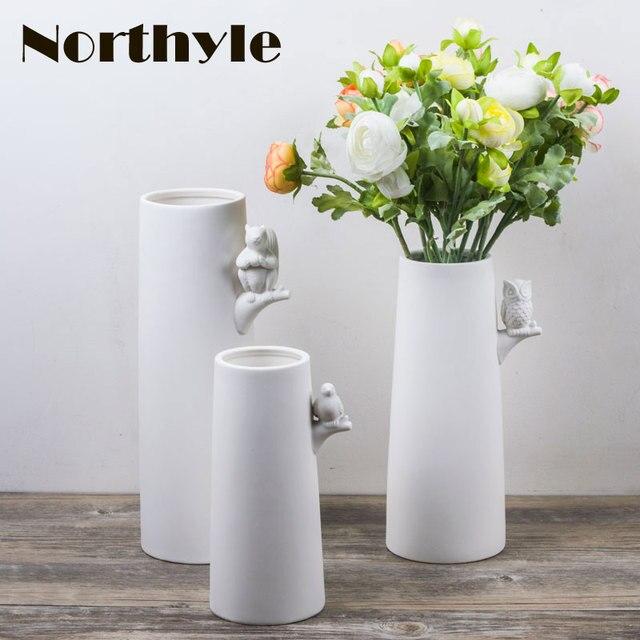 Dh moderne blanc en céramique vase décoratifs pour la maison en porcelaine de fleurs bouteille de
