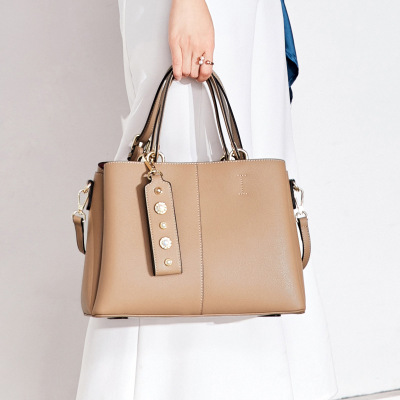 Bag female High Quality Women's Genuine Leather Handbags Shoulder CrossBody Bags Fashion cowhide Leather Women Tote shoulder Bag aibkhk cowhide genuine leather women speedy bags crossbody bag female fashion shoulder for women s handbags clutch leopard bag