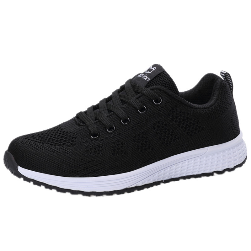 2018 New Women's Sneakers Black White Running Shoes Women Breathable Light Comfort Lace Up Non Slip Soft Sport Shoes 36 37 38 39