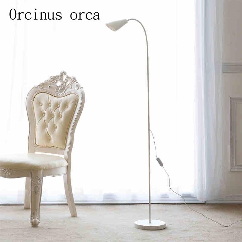 Floor lamp LED vertical living room bedroom, modern french garden vertical floor lamp modern ceramic crystal lamp hotel room bedroom floor lamps dining lamp simple bedside lights