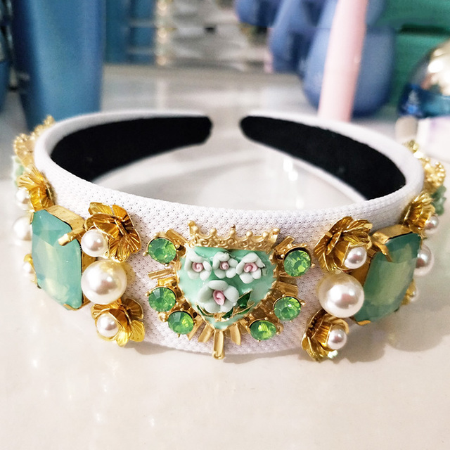 Фото новый тренд роскошная бархатная корона в стиле барокко хрустальный цена