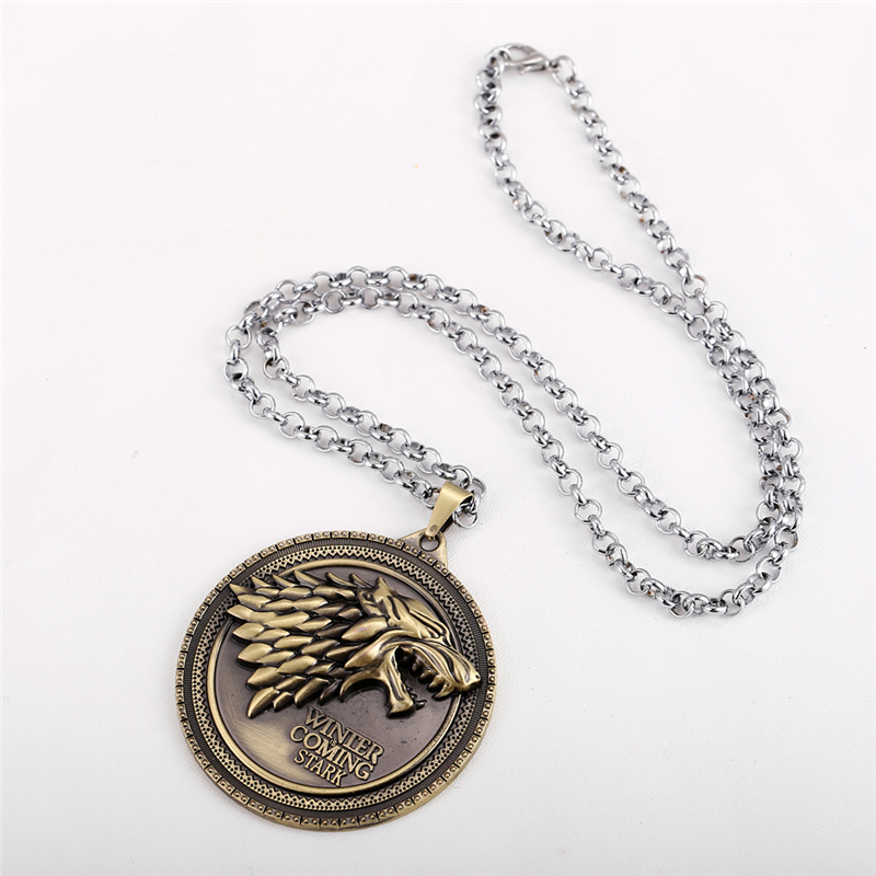 Vintage Wolf Head Necklace (1)