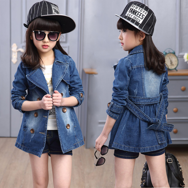 купить 2018 autumn double-breasted girls outwear children clothing girls jean jacket kids outfit denim girls trench coat windbreaker по цене 1861.09 рублей