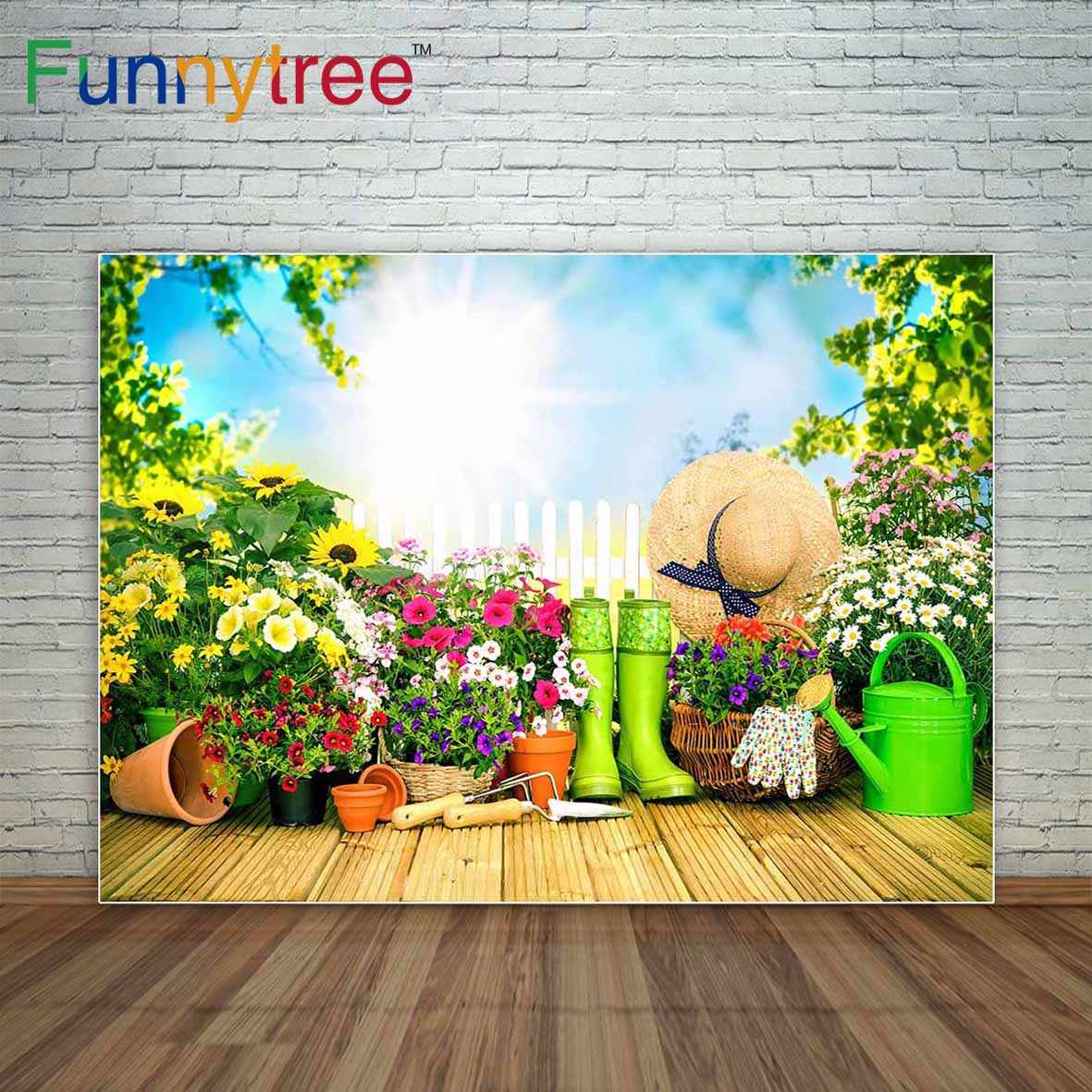 Funnytree Herramientas De Jardinería Y Flores En La Terraza En El Jardín Decoración Fondo Fotográfico Decoraciones Para El Hogar