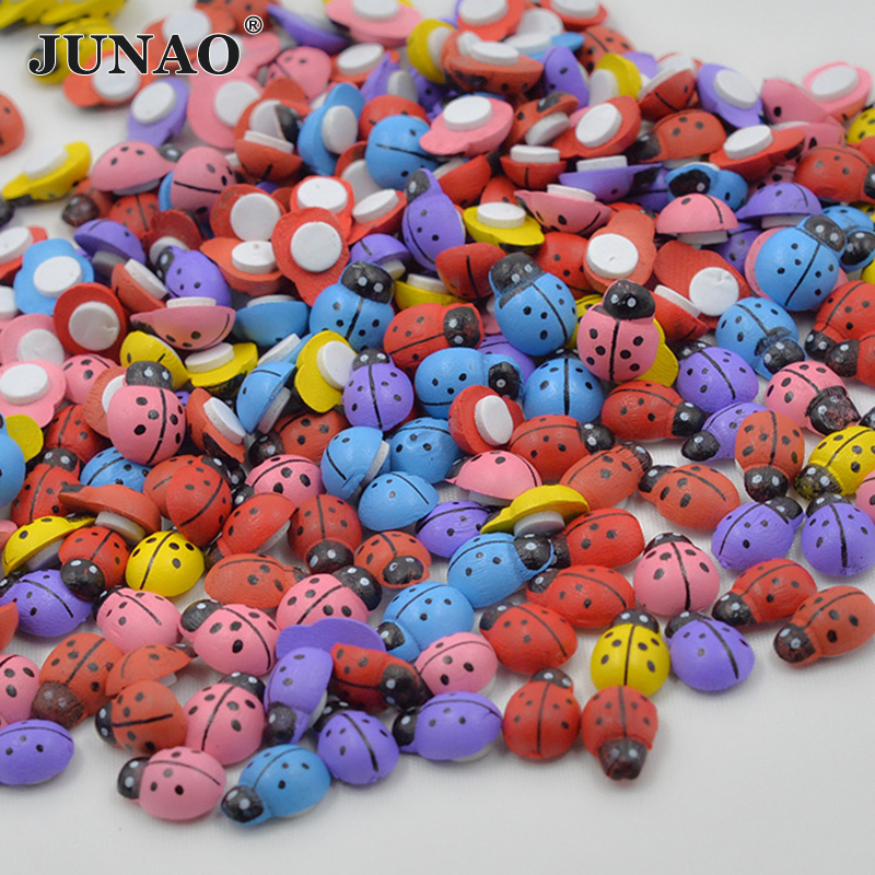 13*9mm Cute Mix Color Wooded Ladybug Sticker 3D Wall Stickers Ladybird Fridge Magnets Scrapbooking Craft Home Decorations 100pc