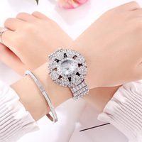 2019 new fashion trend full of diamond small watch plate watch waterproof high end atmospheric lady wristwatch