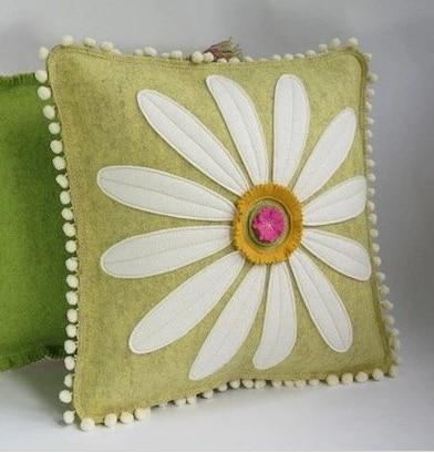 685 freeshipping applique small chrysanthemum pillow cushion lumbar pillow sofa handmade sewing sofa bed room wholesale