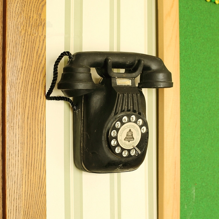 European Vintage Style wall hung Resin telephone model bar cafe Wall ...