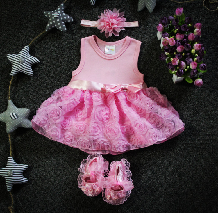 7e6f120201a5 New Born Baby Girls Infant Dress clothes Summer Kids Party Birthday Outfits  1 2years Shoes Set Christening Gown Baby Jurk Zomer-in Dresses from Mother  ...