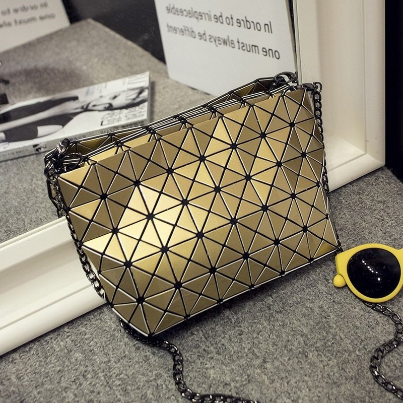 Women Fashion Chain Shoulder Bags Female Geometric Handbag Diamond Lattice Fold Over Small Messenger Crossbody Bag Ladies Clutch 2017 hot fashion women bags 3d diamond shape shoulder chain lady girl messenger small crossbody satchel evening zipper hangbags