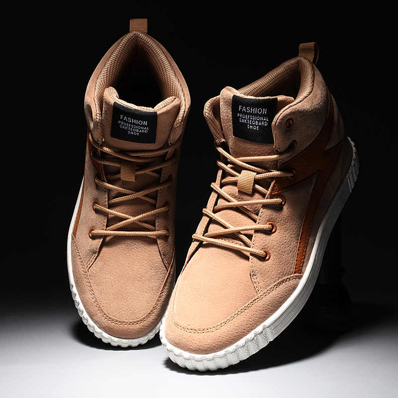2018 Zapatos altos para correr calientes para hombre, zapatos deportivos de invierno para hombre, botas de nieve de felpa, Zapatillas de piel de talla grande
