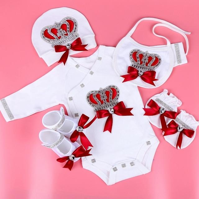 יילוד תינוק בגדי סט תינוק של סטי ריינסטון כתר 0 3 חודשים כובע + Bodysuits + כפפות + נעליים 4 חלקי ילד ילדה סרבל בגדים