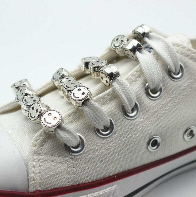 새로운 디자인 빈티지 실버 아연 합금 웃는 얼굴 페르시 신발 장식 12 개/몫/많은