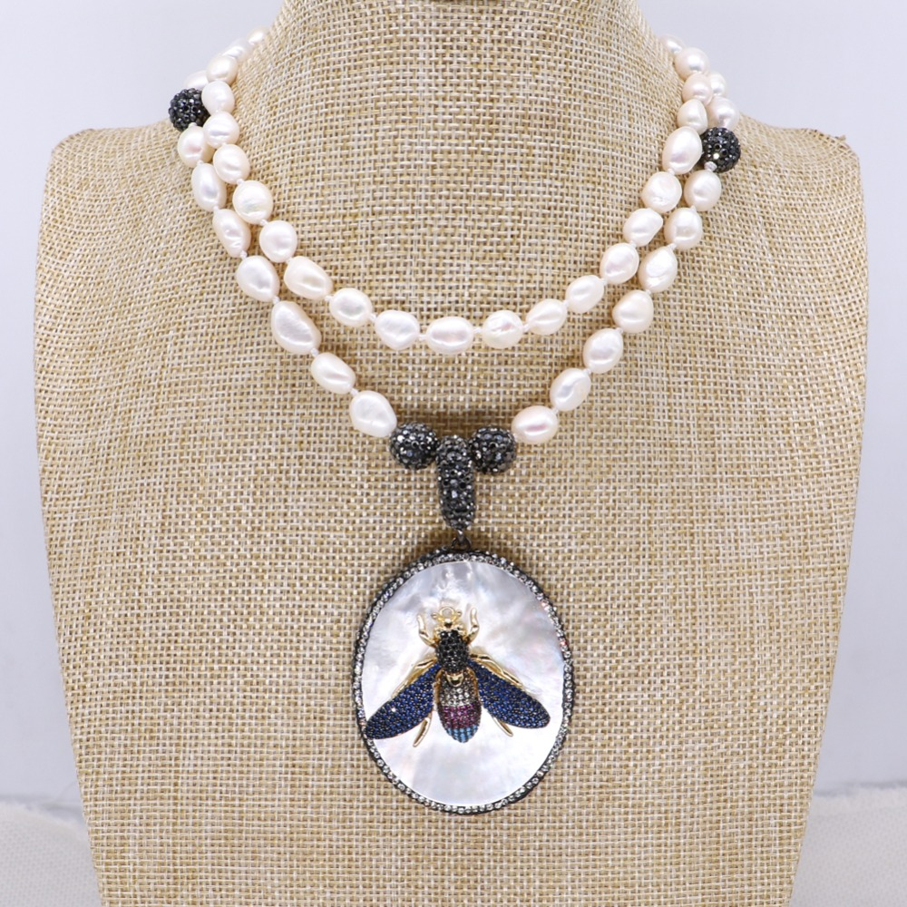 Wholesale Natural pearls necklace White shell pendant with zircon bugs jewelry pendant necklace jewelry gift for lady 4131