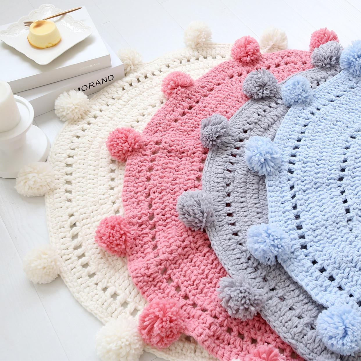 Cartoon Hand Woven Carpet Mat European Round Mats Bedroom Decor Kids Play Rug Knitted Sleep
