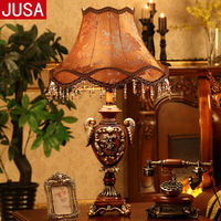 Retro Hand Engraved Resin Table Lamp for Living Room Villa Hotel Lobby Restaurant Classical Table Lamp Adjustable Table Lamp