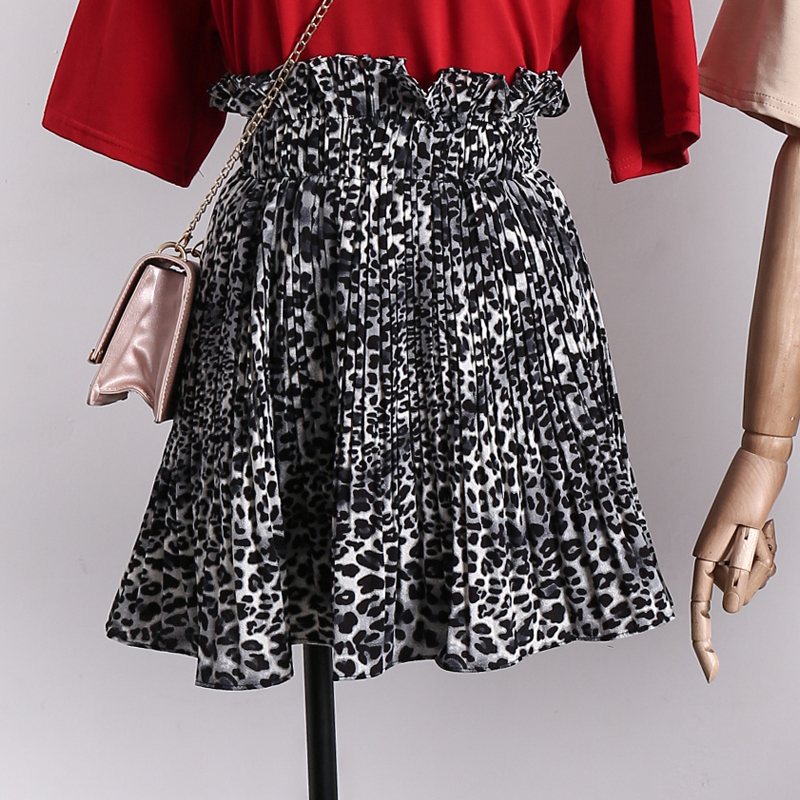 2018 New Style Summer Female Fashion Leopard Print Skirt Women High Wait Pleated Chiffon Skirt Girls Mini Skirt Hot Sle