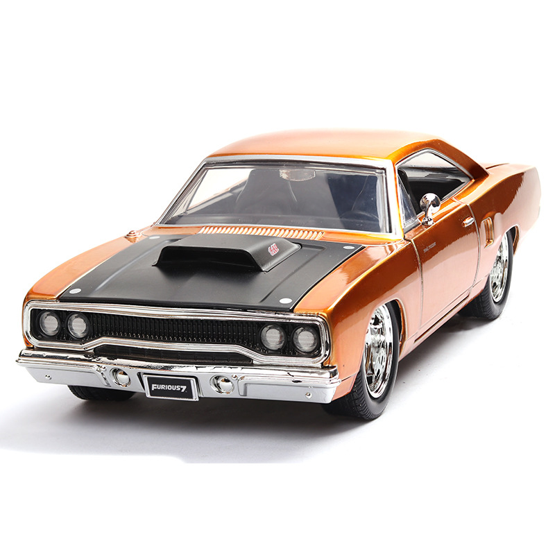 1:24 Plymouth Road Car Model Toys Fast and Furious 8 American Muscle Car Diecast Metal Four doors open Alloy Toy Model Car image