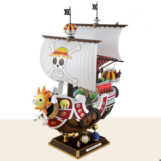 One Piece Thousand Sunny & Meryl Boat Pirate Ship Toy