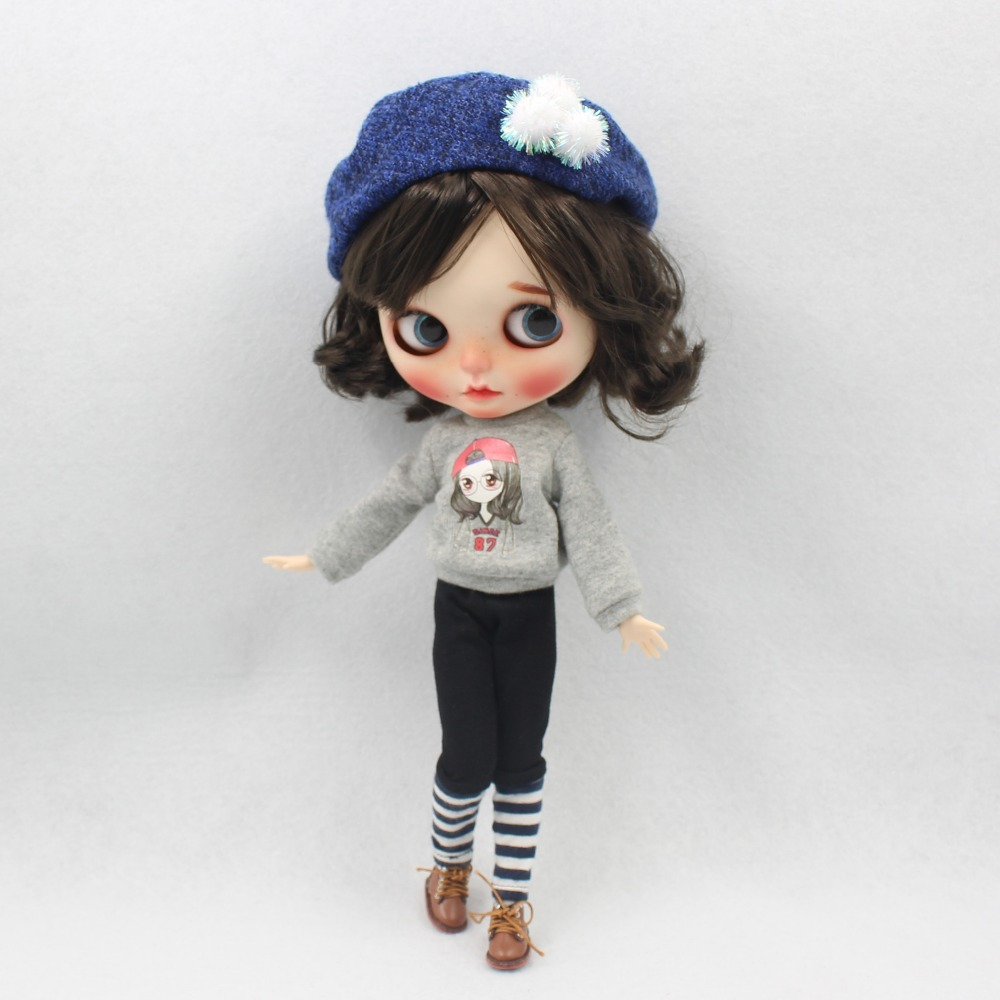 Neo Blythe Doll Winter Outfit with Hat 1