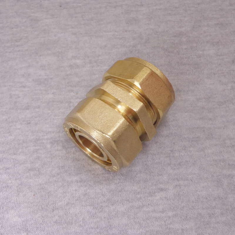Compression Fitting Straight Nipple for PEX Pipe, PPR Pipe