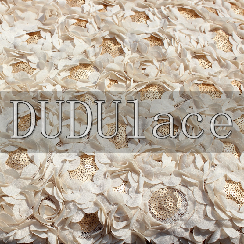 Net Yarn Sequins Chiffon Plate Of Three Dimensional Embroidery Lace Fabrics Fabrics Of Champagne Gold Flower