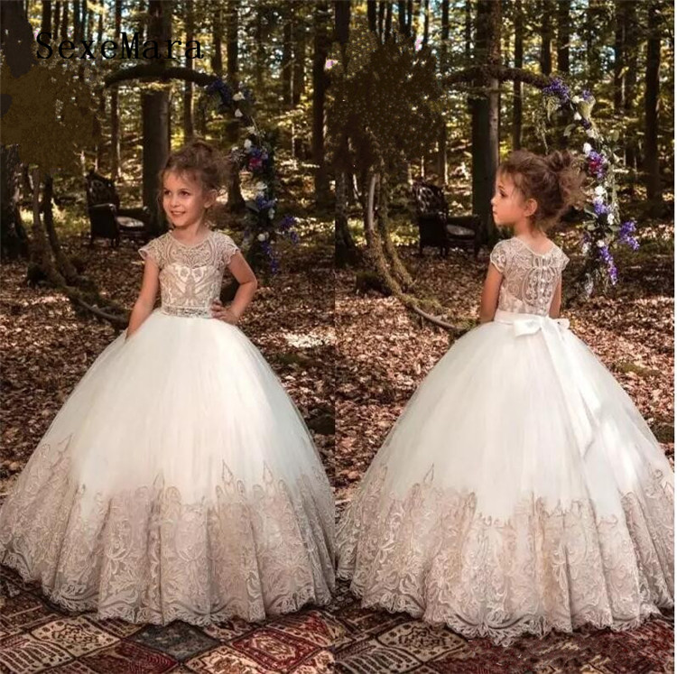 Luxury Champagne Lace Flower Girls Dresses Ball Gown Appliques Sheer  Illusion Back Communion Pageant Custom Made 91808e57387b