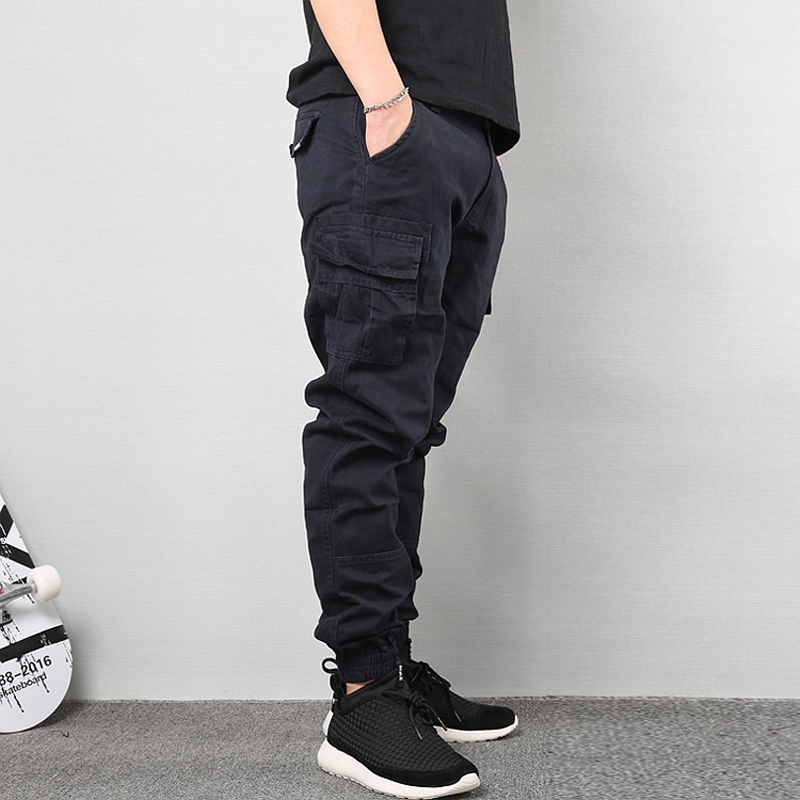 Fashion Steetwear Men Jeans Taper Pants Black Color Ankle Banded Cropped Trouser Big Pocket Cargo Pants Men Hip Hop Jogger Pants