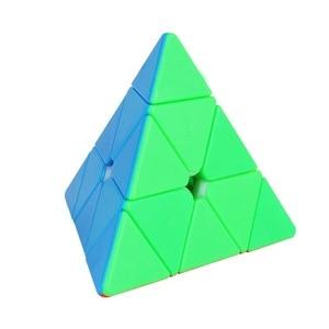 Image 1 - 3X3X3 משולש פירמידת קסם מקצועי מהירות משחק קוביות כיף חינוכיים צעצוע מתנות לילדים ילדים